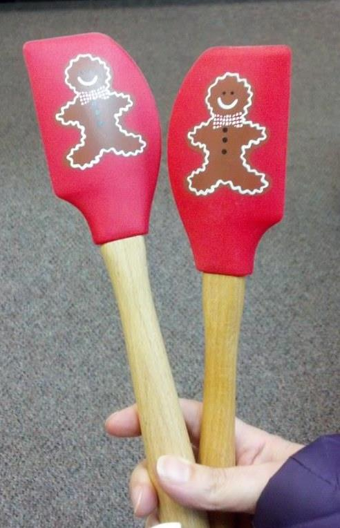 Gingerbread scrraper